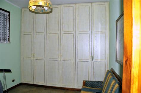armadio shabby armadio legno shabby 2 design esclusivo fabbrica di zona