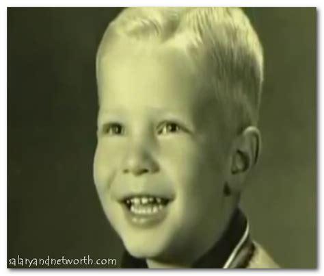 Childhood Bill Gates | bill gates net worth cars house jet yacht wiki