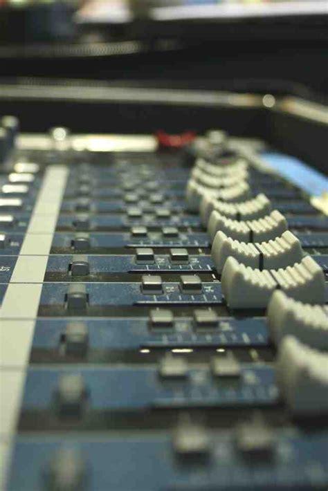 audio engineer salary description gt career options shadow
