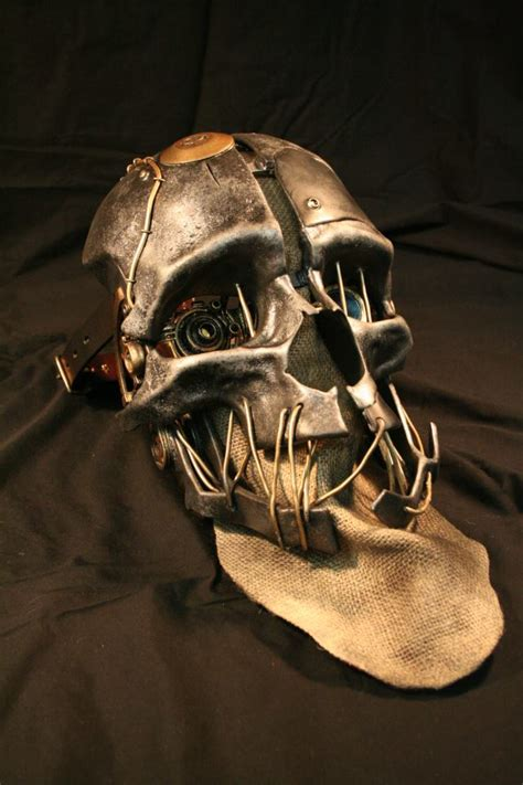dishonored mask an exquisite replica of corvo s mask from dishonored