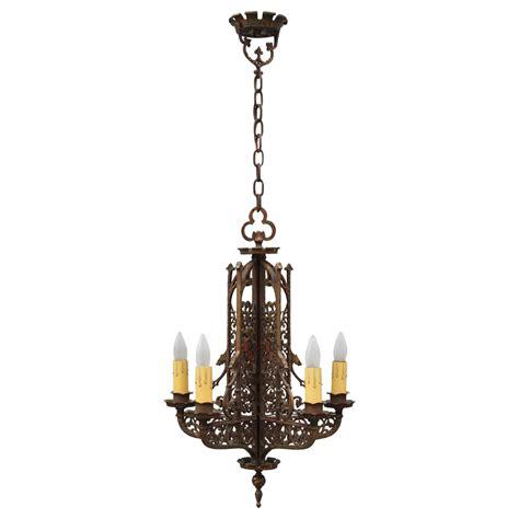 Beautiful Antique Tudor Style Chandelier For Sale At 1stdibs Tudor Chandelier
