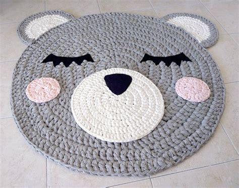 alfombra oso crochet m 225 s de 25 ideas incre 237 bles sobre alfombra de oso en