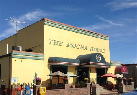 Mocha House Entrance Picture Of The Mocha House Warren Tripadvisor