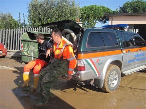 popolare di ancona lavora con noi alluvione i volontari della fratellanza popolare a