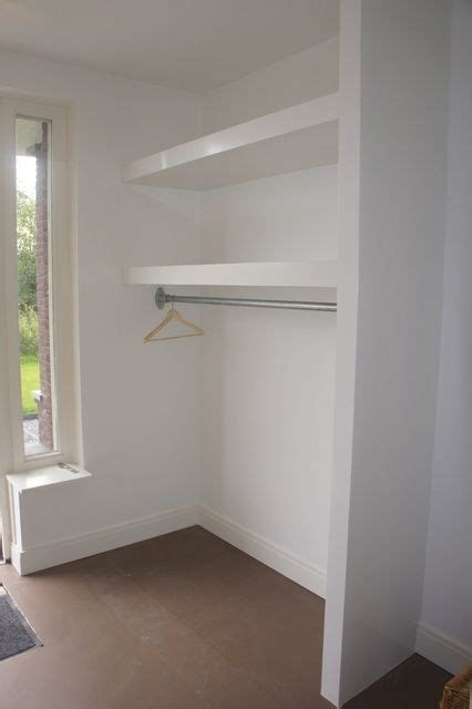 Ankleidezimmer Halle by Idee Voor In De Hal Lack Plank Boven Kapstok By Alberta