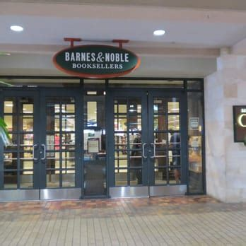 section 8 honolulu phone number barnes noble 229 photos 172 reviews bookshops