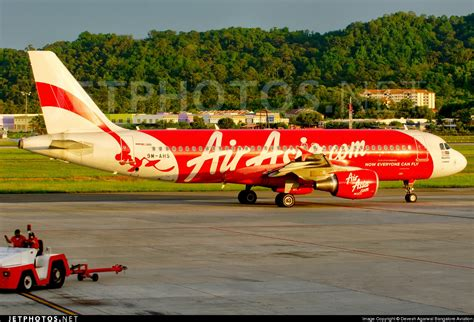 airasia jakarta penang airasia flight from surabaya to singapore goes missing