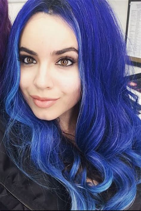 Sofia Blue by Sofia Carson Wavy Blue Uneven Color Hairstyle