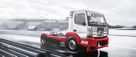 trucks race mercedes actros european truck racing chionship