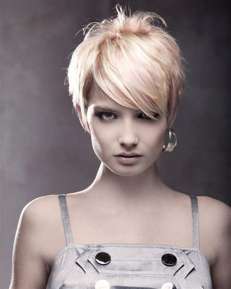 is a pixie haircut cut on the diagonal asymmetrical pixie shorts and asymmetrical pixie cuts on