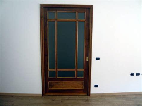 montaggio porta scorrevole scrigno foto montaggio porta scorrevole su misura di la rosa
