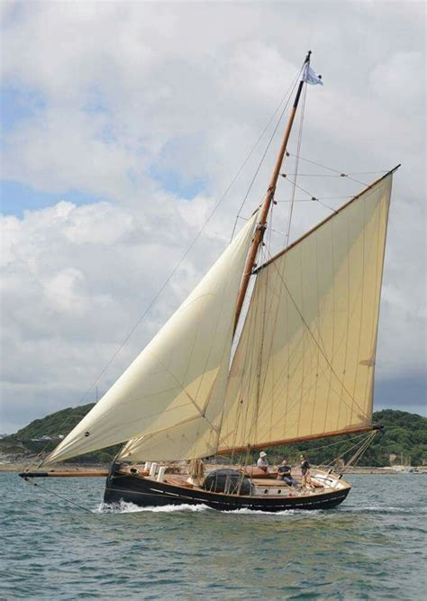 sailing boat unity pin by dmitri on яхты pinterest unity boating and