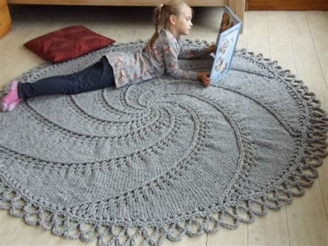 knitted rug pattern 14 best images about arm knitting on carpets crochet and big rugs