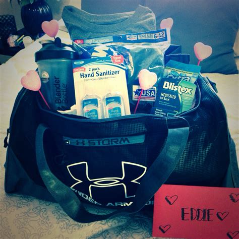 gift ideas for boyfriend for valentines day my boyfriend s gift bag with his