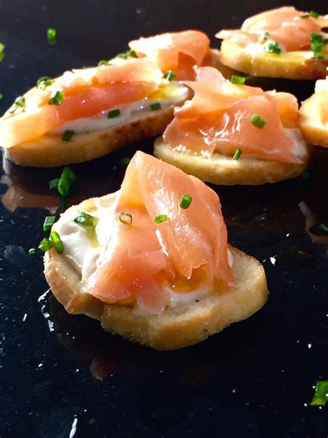 easy smoked salmon canapes your could definitely use a few of these fabulously
