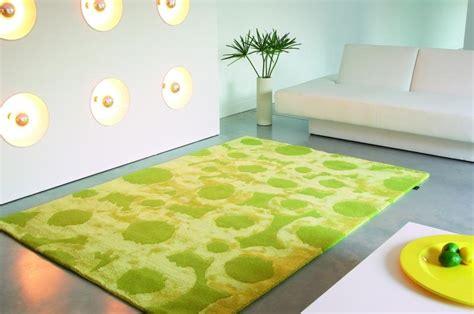 moda tappeto tappeti moderni per arredamento donna fanpage