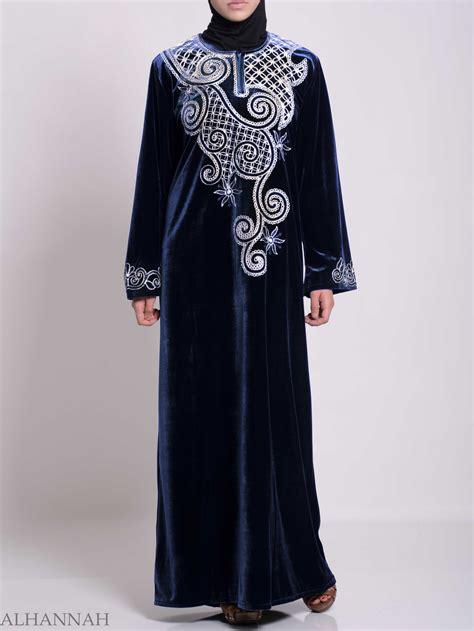 Jilbab Velvet Sequin Syria Berkualitas swirled day lillie s embroidered syrian velvet thobe th790