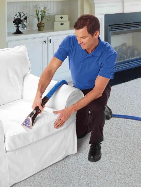 Upholstery Fabric Cleaning Services by Limpeza De Sof 225 S E Limpeza E Hidrata 231 227 O De Couros Ja