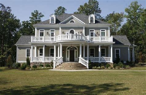 william e poole designs home