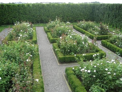 Bluestone Garden Edging 17 Best Images About Parterre Gardens On
