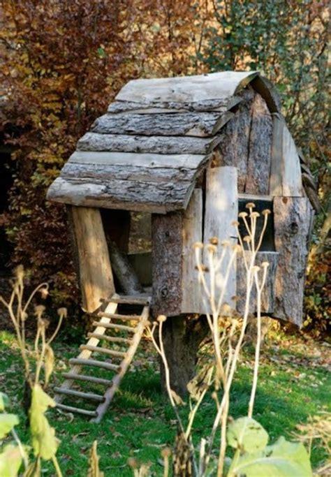 cabane de jardin pour enfant pas cher maisonnette en bois enfant 60 jolies demeures pour les petits