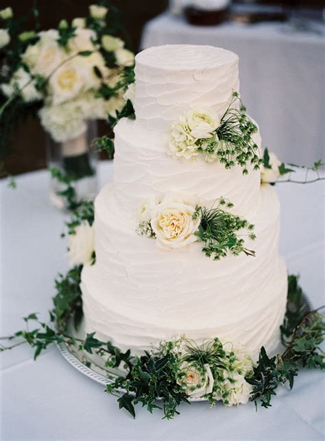 Wedding Cake Greenery 30 absolutely amazing greenery wedding ideas for 2016