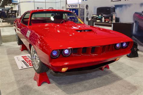 plymouth shows this show winning cuda was built for pennies on the