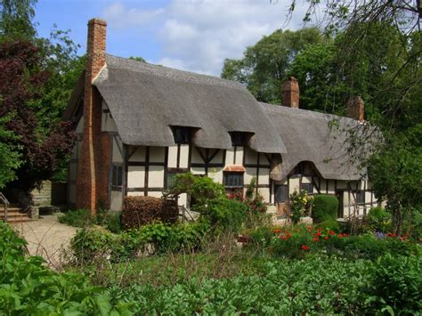 Cottage Stratford Upon Avon panoramio photo of hathaway s cottage stratford