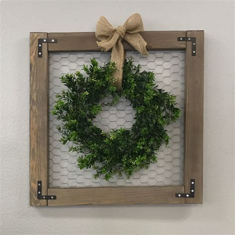 decorating ideas for wire wreaths frames rustic chicken wire frame w wreath 4 14 wall gallery pictures wallpaper