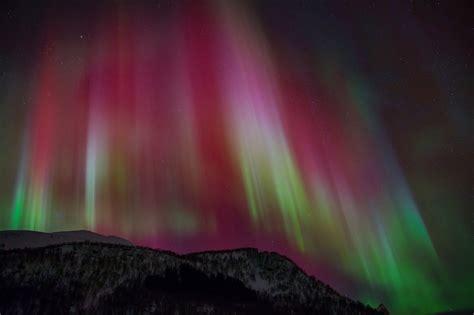 deneve aurora borealis night light aurora borealis wallpaper screensavers wallpapersafari