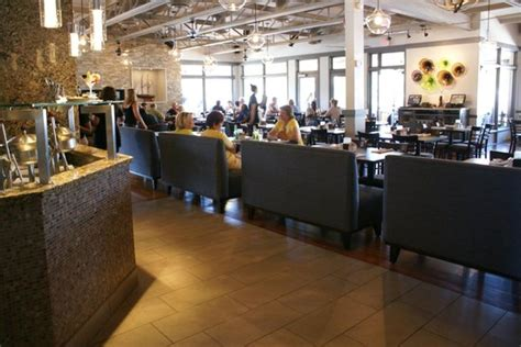 Port Credit Restaurants Patio by Inside The Restaurant Picture Of Snug Harbour Seafood
