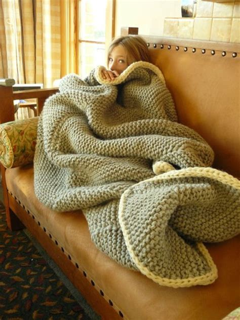 big comfy couch blanket chunky knit blanket diy pinterest