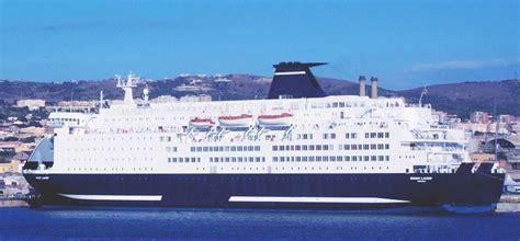 cabine grandi navi veloci traghetti grandi navi veloci prenota on line con