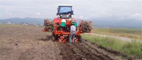 Cassava Planter Machine by 2015 Best Selling Cassava Planter Cassava Planting Machine