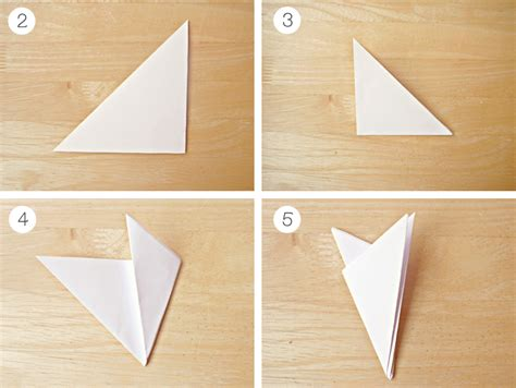 Folding Paper For A Snowflake - how to diy paper snowflake garland 183 elevatormusik