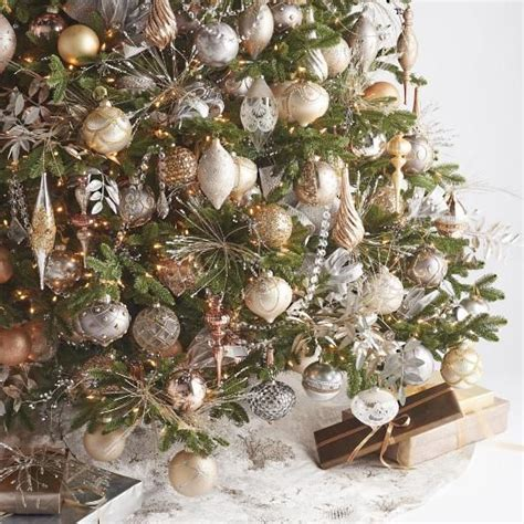 mixed metals 25 mixed metals christmas decor ideas digsdigs