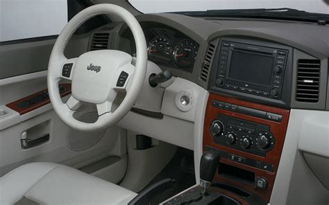 2005 Jeep Grand Interior by 2005 2010 Jeep Grand Pre Owned Truck Trend