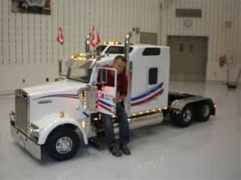 small kenworth camion miniature kenworth custom built tractors pinterest