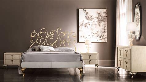stanza da letto romantica da letto romantica e seducente cantori