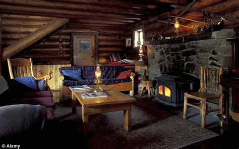 William and Kate in Canada: Skiing at Skoki Lodge, Lake