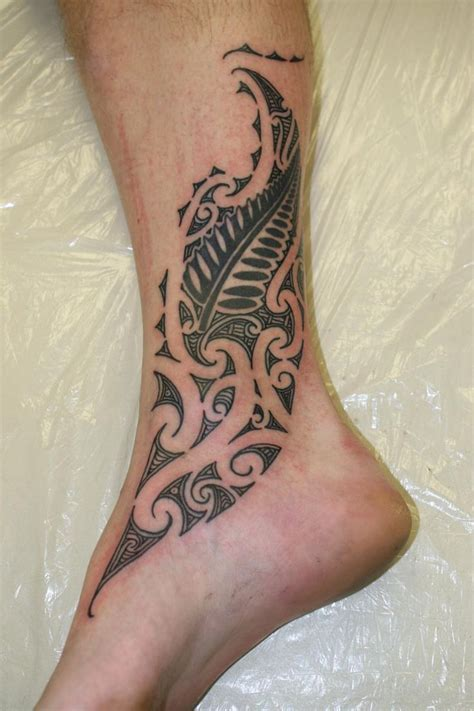 foot tribal tattoos 38 best tui ideas images on maori