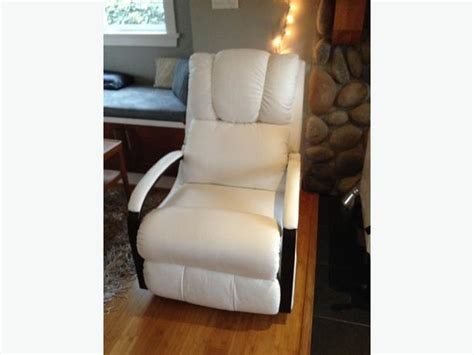 White Leather Rocker Recliner Lazy Boy Harbor Town White Leather Rocker Recliner Central