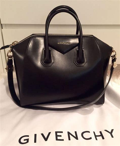 High Quality Louis Vuitton Antingona 712 replica handbags review replica givenchy antigona litchi veins leather bag in black