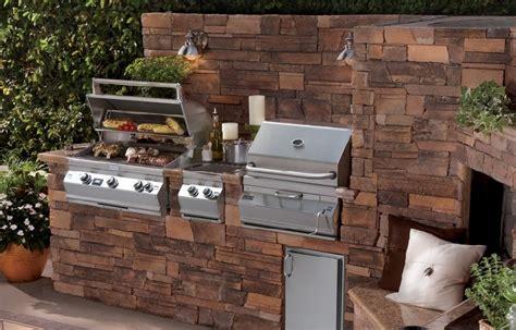 angolo barbecue in giardino costruire barbecue in muratura edilnet