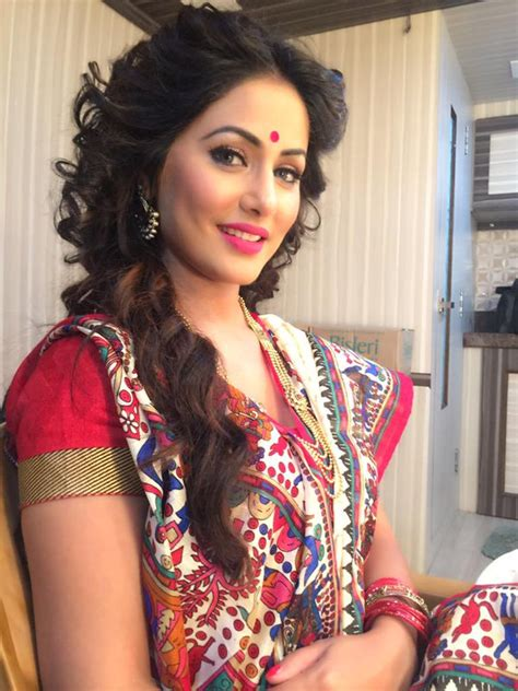 hairstyles for open hair on saree latest best hair styles for traditional saree free or