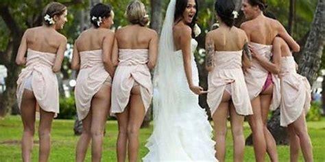 come si fanno le iniezioni sul sedere spose e damigelle con il sedere in vista e la