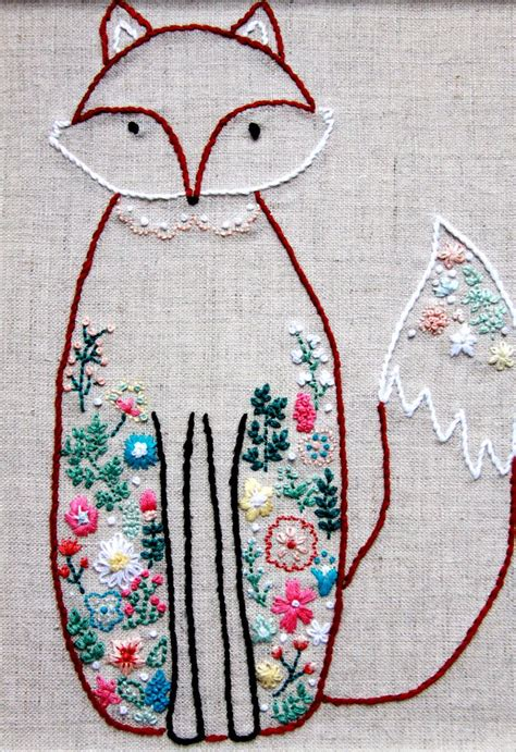embroidery design on pinterest 25 best ideas about floral embroidery patterns on
