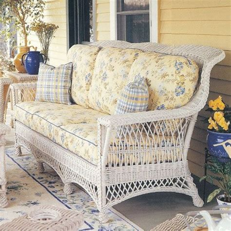 white wicker sleeper sofa white wicker sofa best 25 wicker sofa ideas on