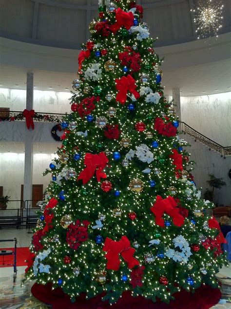 christmas tree at milton hershey school hershey pinterest
