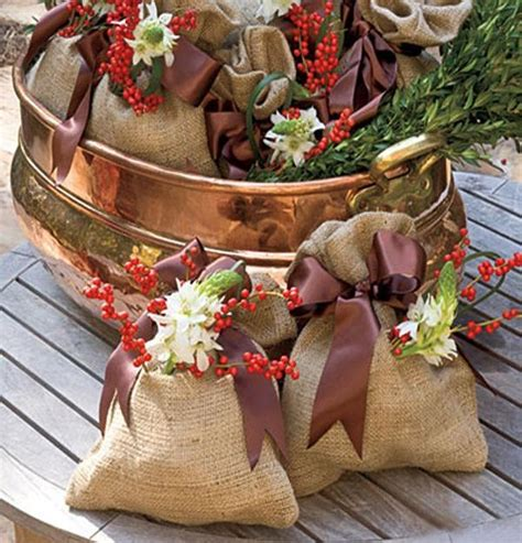 country christmas decorating ideas home 22 country christmas decorating ideas enhanced with